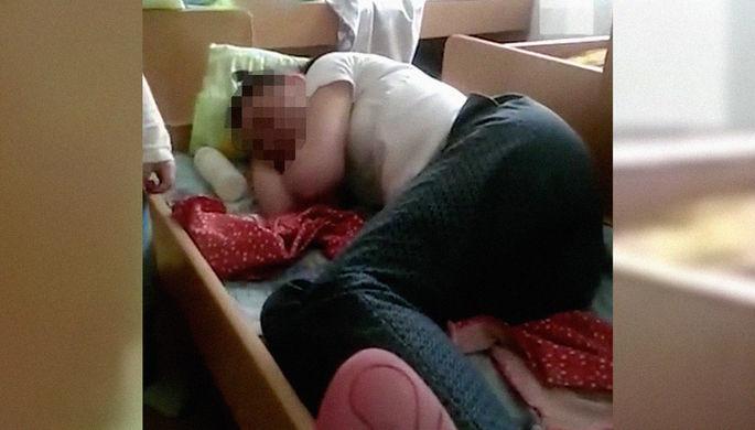 «Лена в отрубе»: что натворила пьяная воспитательница с Урала