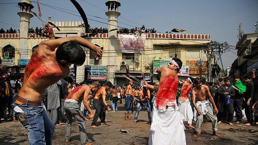 Шествие в День Ашура в Индии