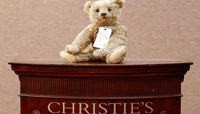 250 лет аукциона Christie's: от горшков до изумрудов