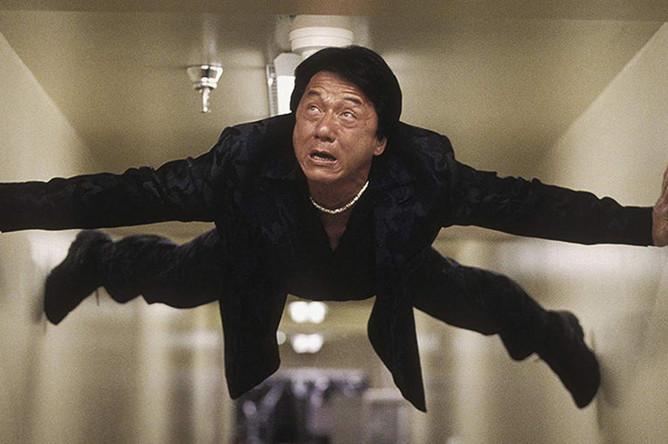 Джеки Чан в фильме «Час пик 2» (2001)