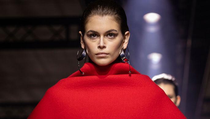 Во время показа Givenchy в Париже, 1 марта 2020 года
