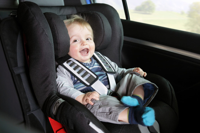 Только один из пяти автомобилей имеет правильные крепления для детского кресла