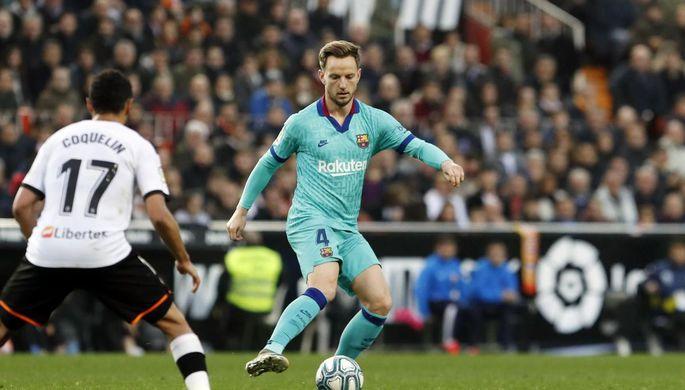 Новые рекорды Месси: «Барселона» вернулась в борьбу за титул