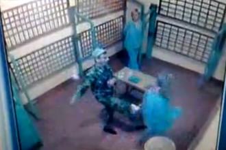В сети появились ролики с избиением женщин-заключенных