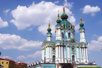 Вид на Андреевскую церковь в Киеве, август 2017 года