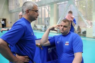 Владимир Алекно (справа) не поедет в Японию со сборной