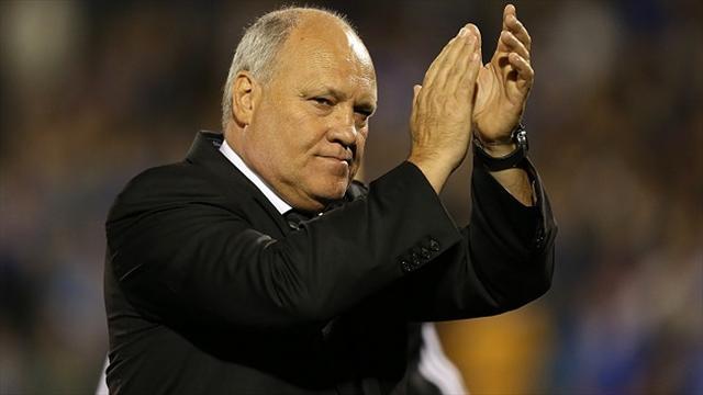 Руководство «Фулхэма» объявило об увольнении с поста главного тренера Мартина Йола.