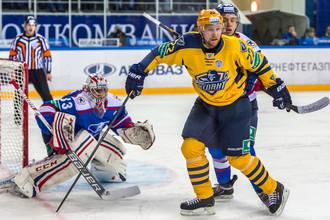Вратарь Илья Ежов принес победу «Ладе» над «Атлантом»