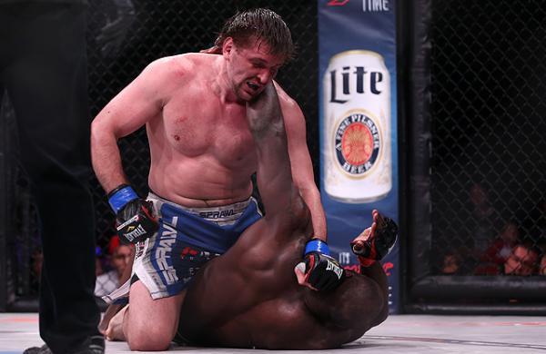 Виталий Минаков победил Антонио Силву на турнире Fight Nights