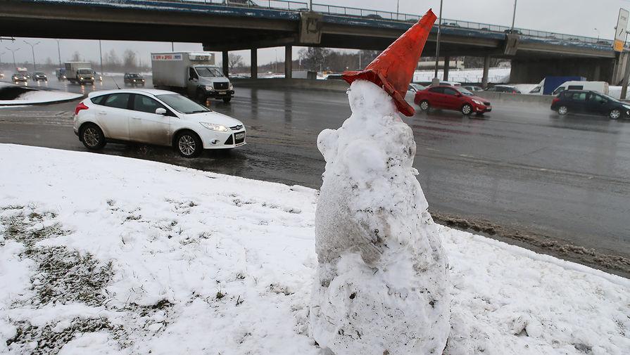 Синоптики рассказали, когда растает снег в Москве