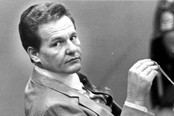 Чарльз Харрельсон в зале суда, 1982 год