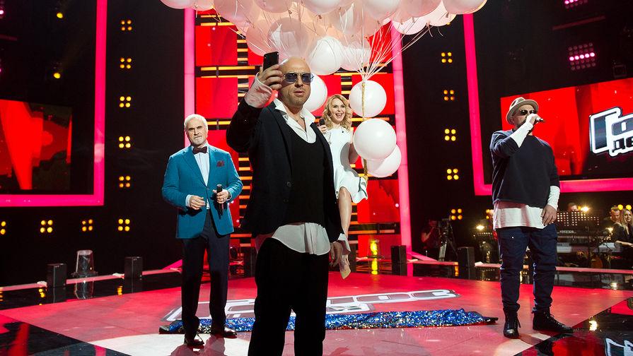 Дмитрий Нагиев на съемках шоу «Голос»