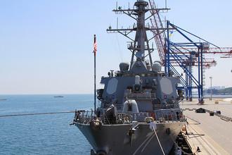 Корабль ВМС США, эсминец USS Ross (DDG71) в Одесском порту во время активной фазы украинско-американских учений