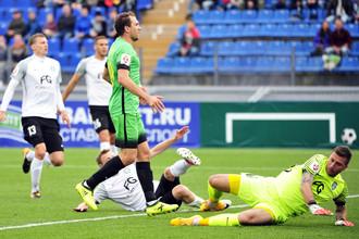 Александр Прудников забил мяч и не использовал еще пару-тройку верных моментов