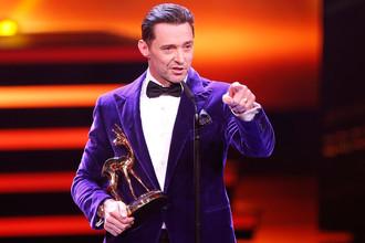 Хью Джекман на церемонии вручения немецкой телевизионной и журналистской премии Bambi Awards, 2017 год