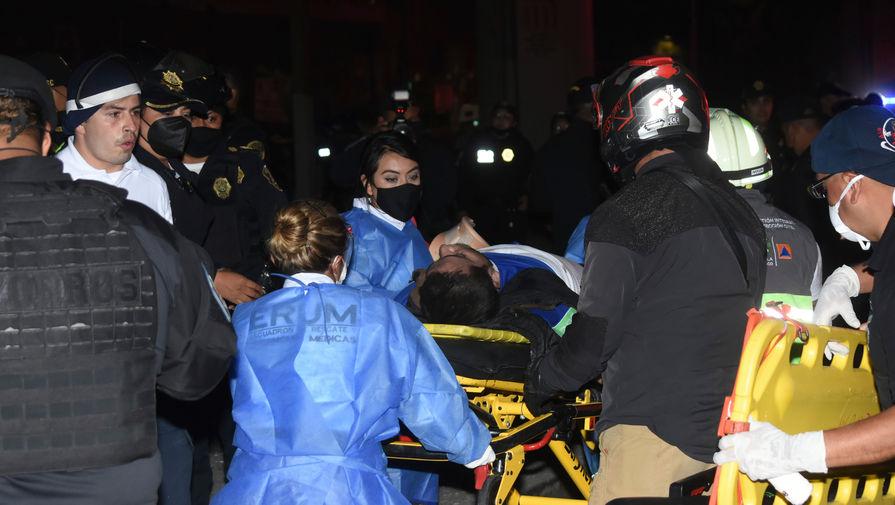 Число погибших при крушении метромоста в Мехико достигло 27