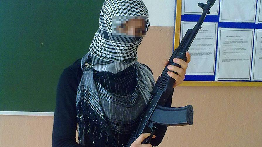 В Мордовии суд разрешил учительницам сельской школы носить хиджабы,а заодно агитировать за  ИГИЛ