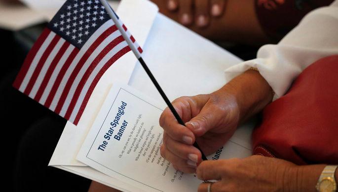 «Грин-карта» США: бедным мигрантам закрыли путь