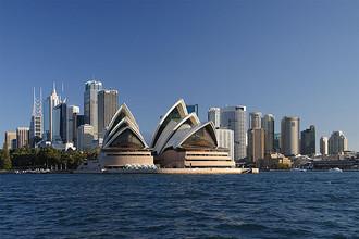 Оперный театр в Сиднее (Австралия)