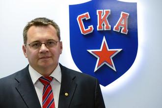 Андрей Назаров в офисе СКА