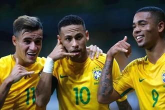 Сборная Уругвая встречается с национальной командой Бразилии в отборочном матче к чемпионату мира — 2018