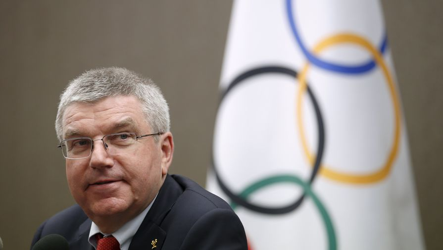 Президент МОК спел для российских баскетболисток на Олимпиаде в Токио