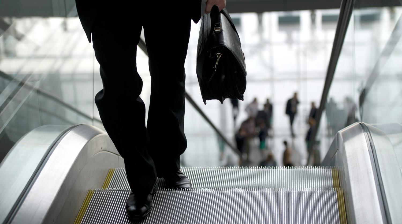 Чиновников лишат незадекларированных доходов