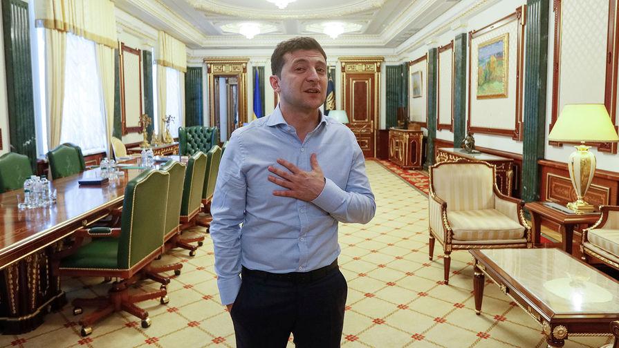 Зеленский заговорил по-русски в Донбассе