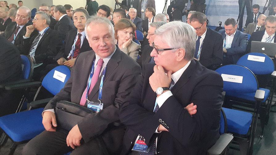 Политолог Александр Рар и ректор МГИМО Анатолий Торкунов
