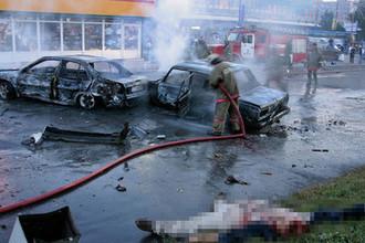 На месте взрыва у станции метро «Рижская» в Москве 31 августа 2004 года