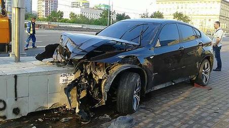 Полиция возбудила уголовное дело по факту гибели байкера в ДТП на Кутузовском проспекте