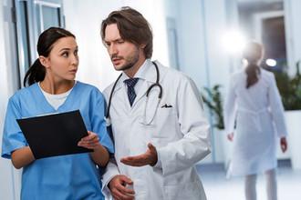 Кадры решают все: как будут привлекать врачей в поликлиники