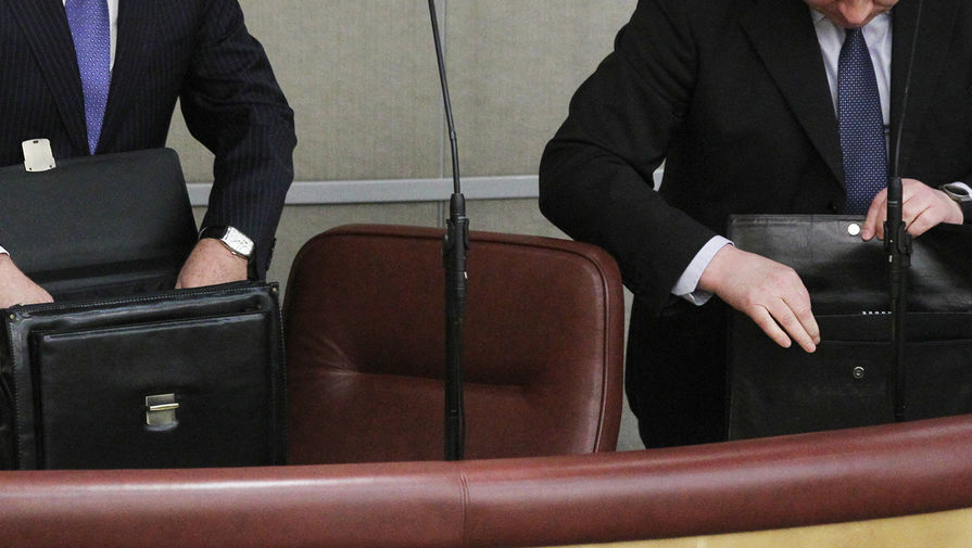 В России рассматривают введение общественных работ для решения проблемы зарплат