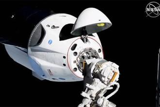 Есть стыковка: Роскосмос поздравил NASA с успехом Маска