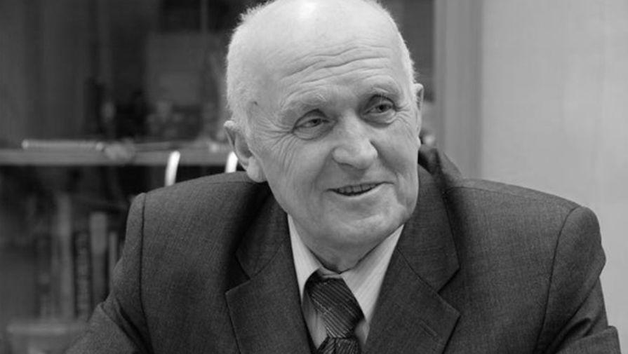 Первый командующий внутренними войсками МВД России Василий Саввин