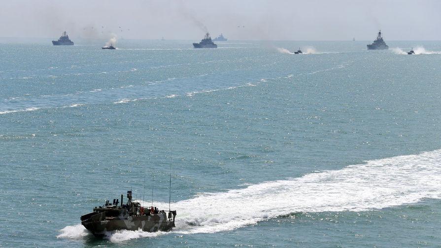 Экс-главком ВМФ предложил оградить Крым минами