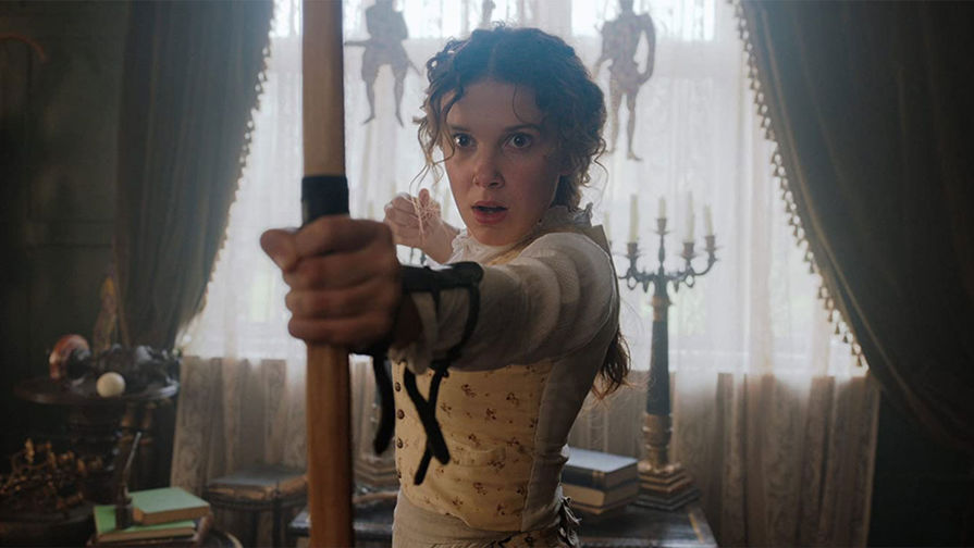 Кадр из фильма «Энола Холмс» (2020)