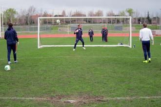 Тренировка сборной России на запасном поле стадиона «Санто Доминго»