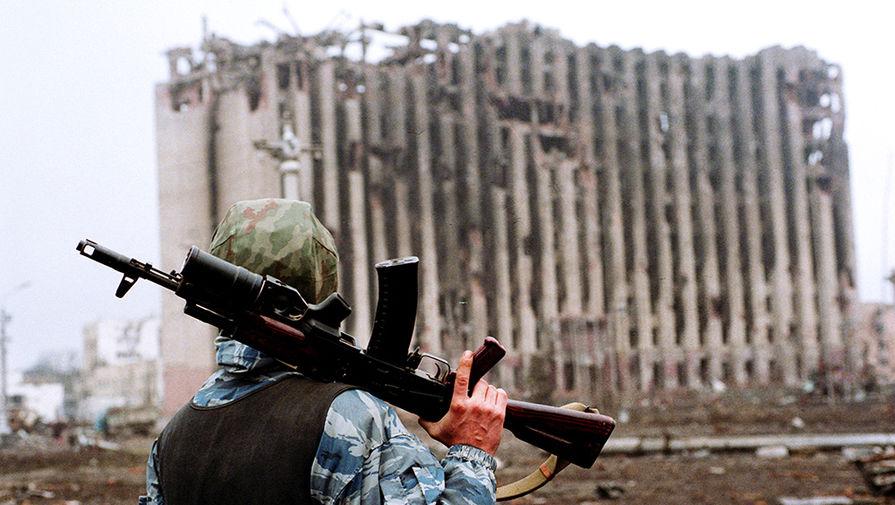 Разрушенный президентский дворец в Грозном, 17 февраля 1995 года