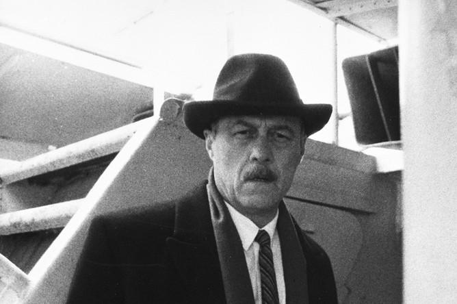 Станислав Говорухин в роли Крымова в художественном фильме «АССА», 1987 год