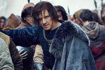 Бенедикт Камбербэтч вобразе Ричарда III вкадре изсериала «Пустая корона»