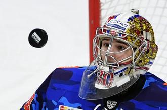Игорь Шестеркин является сейчас одним из ключевых игроков СКА