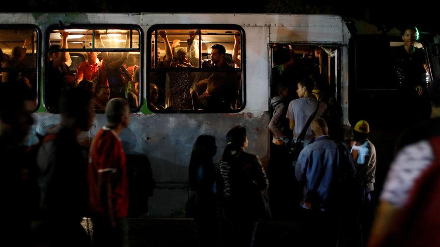 Обед за зарплату: как выживают в Венесуэле