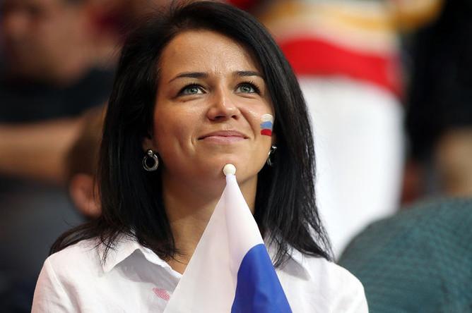 Болельщица перед началом товарищеского матча по футболу между сборными России и Чехии, 10 сентября 2018 года