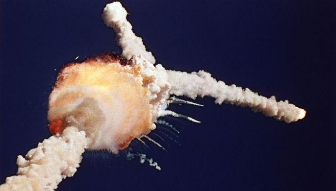 Момент взрыва космического челнока «Челленджер», 28 января 1986 года