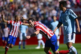 Как и «Барселона», мадридский «Атлетико» стартовал в чемпионате Испании с восьми побед подряд