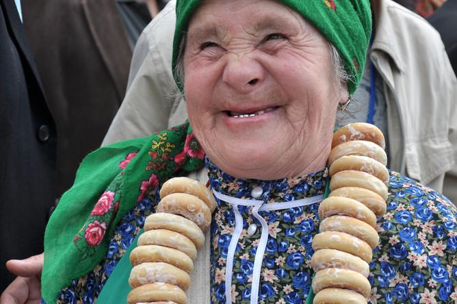 Солистка фольклорного коллектива «Бурановские бабушки» Наталья Пугачева, 2012 год