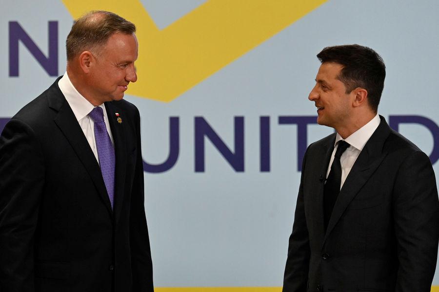 Президент Польши Анджей Дуда и президент Украины Владимир Зеленский во время саммита «Крымская платформа» вКиеве, 23 августа 2021 года