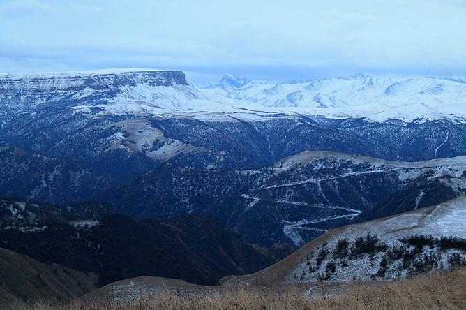 Вид с горы Шатджатмаз, где находится обсерватория