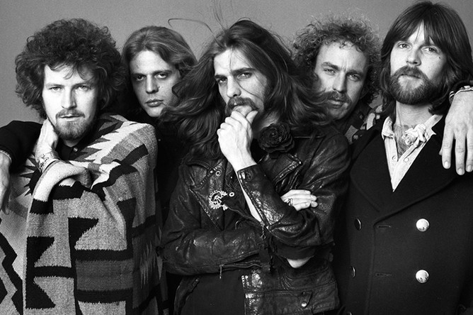 Группа Eagles была образована Доном Хенли и Гленном Фраем в Лос-Анджелесе в 1971 году